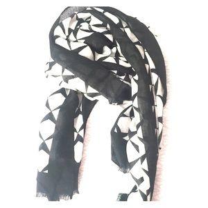 J crew scarf black & white